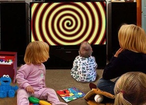 kids locked into tv (2)